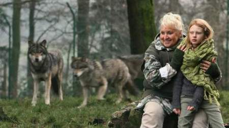 This granny is not about to feed the wolves