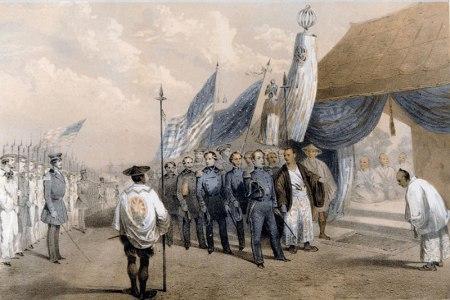 Komodor Perry memaksa penguasa Jepang untuk menerimanya dengan upacara besar kemudian ia memaksakan tuntutan-tuntutan Amerika.