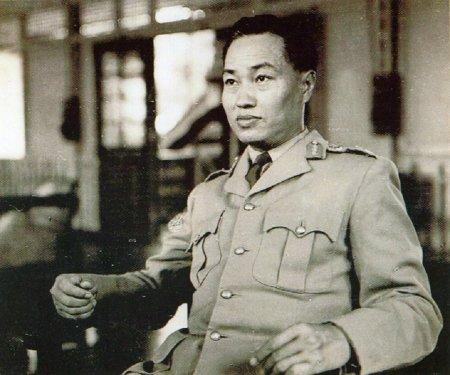Jendral Ne Win kembali mengambil kekuasaan pada 1962.